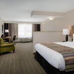 Photo of Country Inn & Suites by Radisson, Portland International Airport, OR