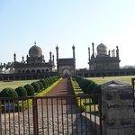 ภาพถ่ายของ Ibrahim Rauza Tomb