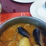 chipirones rellenos y zarzuela de pescados