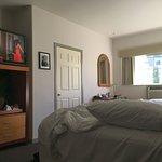 Foto de Best Western Plus Hollywood Hills Hotel