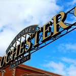 Welcome Rochester Sign