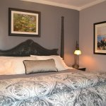 Cezanne Room