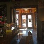 Hob Nobs Cafe & Spirits의 사진