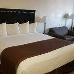 Photo de Baymont Inn & Suites Galveston