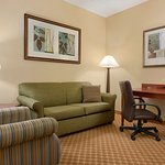Photo of Country Inn & Suites by Radisson, Richmond West at I-64, VA