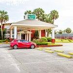 Photo of Roya Hotel & Suites Bayside