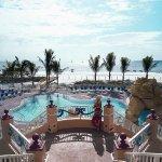 Photo de Pink Shell Beach Resort & Marina