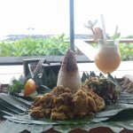 Фотография Lezat Beach Restaurant
