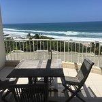 Foto de La Mer Beachfront Apartments