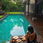 Breakfast at the Aquamarine villa.