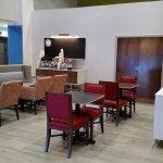 Foto de Holiday Inn Express Hotel & Suites Tempe
