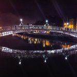 Ha'penny Bridge at night