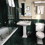 Nice roomy bathroom