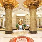 Foto de Royal Mediterranean Hotel