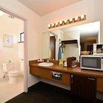 Photo of Days Inn & Suites Sunnyvale
