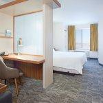 Foto de SpringHill Suites Wichita East at Plazzio
