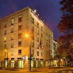 Photo de SpringHill Suites Savannah Downtown/Historic District