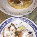 Chicken & Waffle, Beignets Sliders