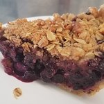 Homemade Blueberry Crumble Pie
