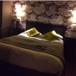 great comfy bed, excellent lighting, this room is perfect to return to after a long day