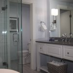 Recently renovated bathrooms, walk-in shower, Rainforest shower head, makeup table, Beekman skin