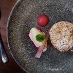 Rhubarb bakewell tart