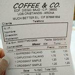 Foto de Coffee & Co.