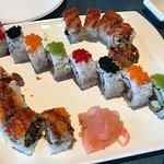sushi yoshee