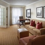 Photo of Atlanta Marriott Suites Midtown