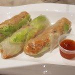 Veggie spring rolls with sweet chilli sauce