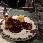 tarte aux poire et chocolat chaud