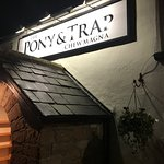 The Pony & Trap resmi