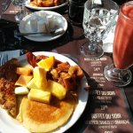 Breakfast buffet and smoothie
