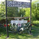 Photo de Sandford Park Country Hotel