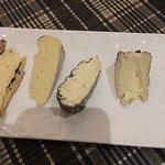 Assiette de fromage très goûteux