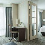 Foto de Chicago Marriott Suites Downers Grove