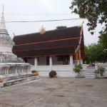 Templo al lado del hotel