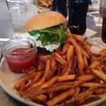 my veggie burger was delish