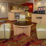 Photo de TownePlace Suites Buffalo Airport
