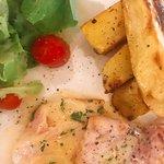 Linguini, chicken, tiramisu...