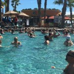The resort organizes pool volleyball twice a day along with other pool activities like water aer