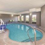 Foto de La Quinta Inn & Suites Louisville