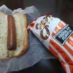 Scruffy Dawg w kettle chips, $6.56