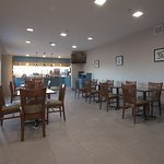 Photo de Country Inn & Suites by Radisson, Moline Airport, IL