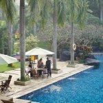 Foto de Novotel Surabaya Hotel and Suites
