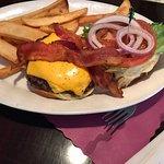 bacon/cheeseburger