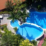Vista aérea de nuestra piscina