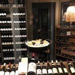 cave a vins et a fromages