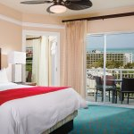 Villa Master Bedroom - Oceanside