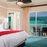 Villa Master Bedroom - Oceanfront